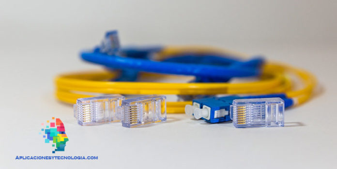 como funciona la fibra óptica